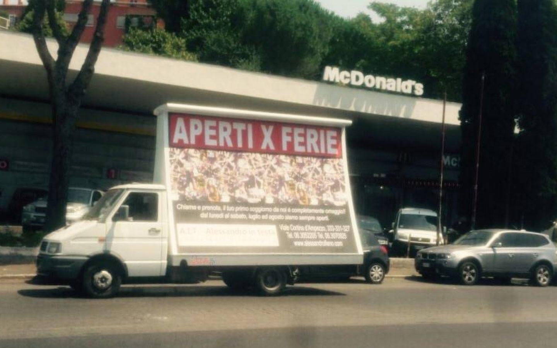 Alessandro Fieno – Aperti per Ferie, la nuova campagna pubblicitaria